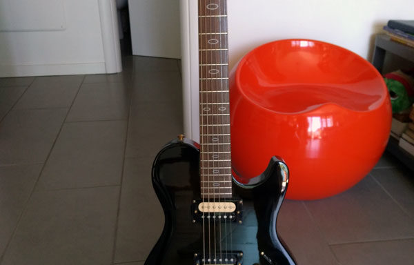 Chitarra elettrica Cayman modello RC80 DLX